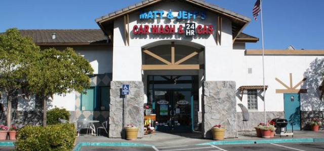 Matt & Jeff's Car Wash